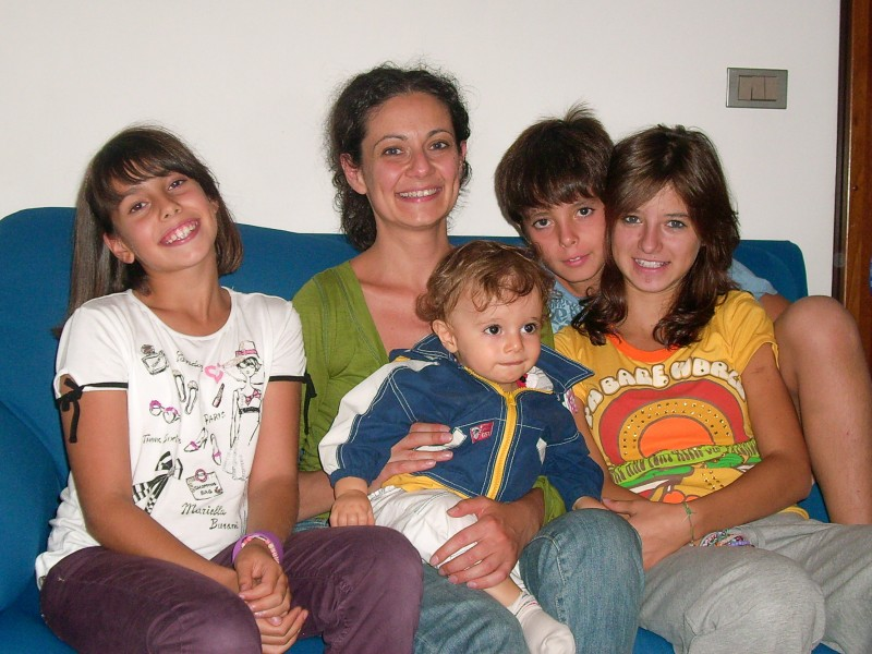 Dada with her nieces and nephews