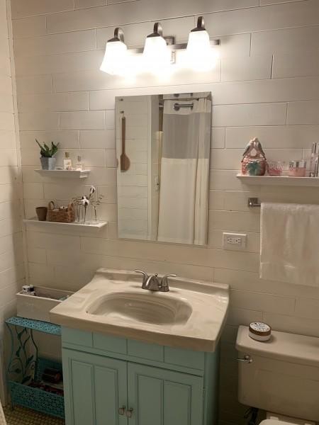 I love my bathroom! It feels like i'm in a beach-side cottage