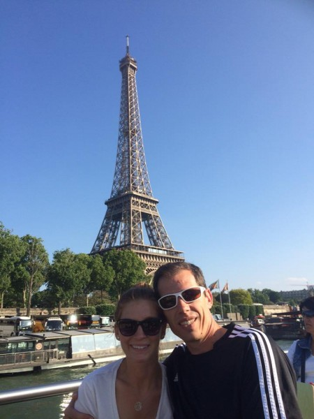 If you go to Paris with your love and don't take a picture with the Eiffel Tower, did you even go?
