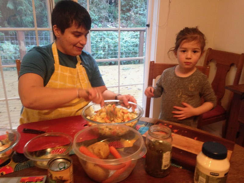 Anna and our niece Winnie making a Russian dish for Christmas!