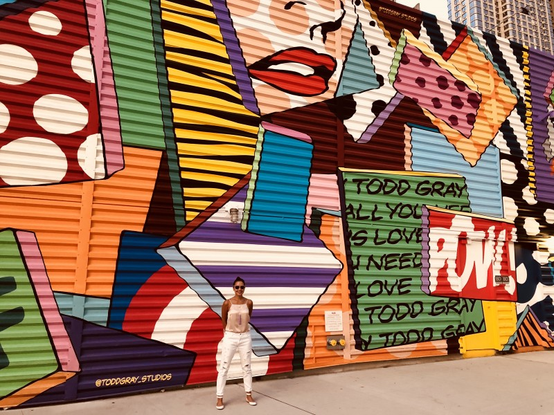 We love to stroll around the city and admire the street art