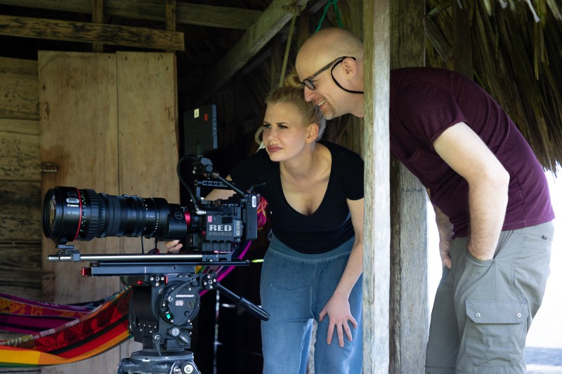 learning how to mount the workd's longest cine lens