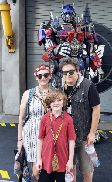 paul, heather and parker at universal studios 2019