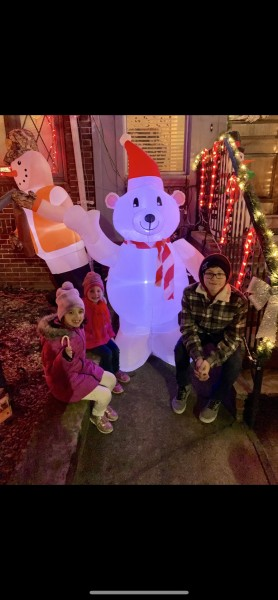 Annual outing to see the holiday lights in Brooklyn