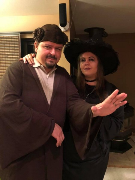 We love Helloween! (Ewerton as Princess Leia and Miriam as a Witch)