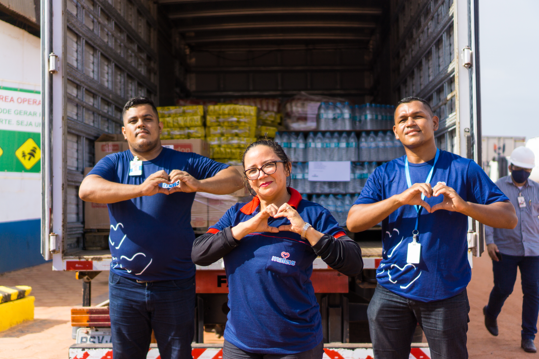 Grupo Mateus doa 10 toneladas de alimentos e água mineral ao Estado do Amapá