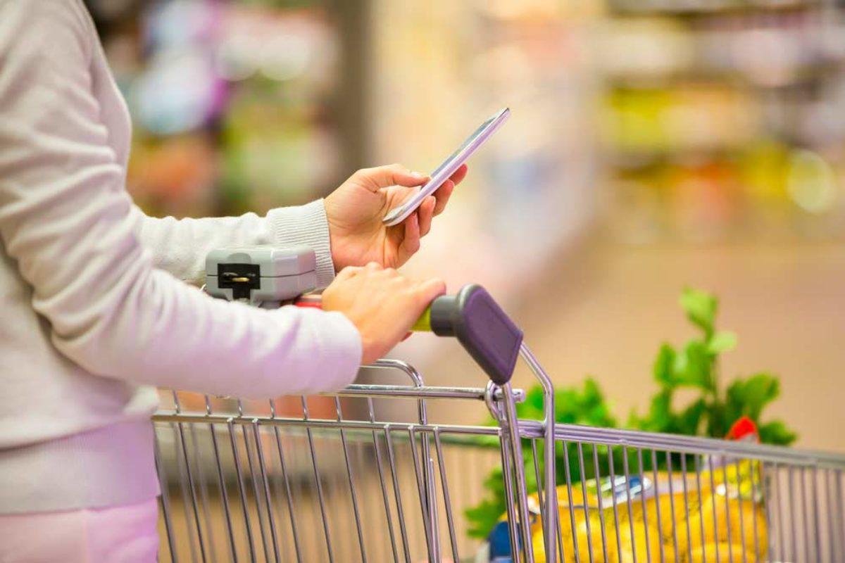 Saiba como fazer a sua lista de compras e garantir praticidade
