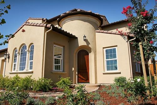 1057 College Ave,  Santa Rosa, CA 95404