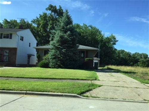 18690 Nitra Av,  Maple Hts, OH 44137