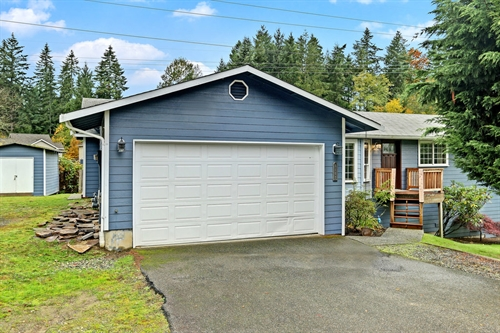 3103 Maltby Rd,  Bothell, WA 98012