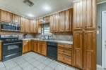 Pretty cabinetry w lots of counter space