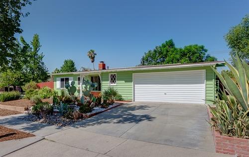 335 Larkhall Ave,  Duarte, CA 91010