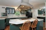 Full Kitchen wIsland