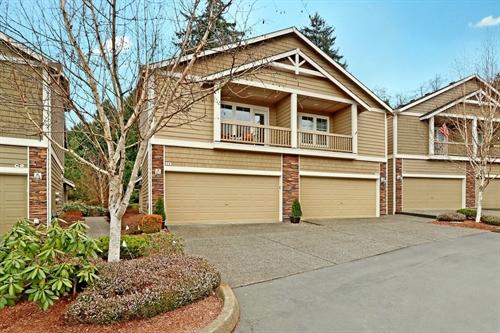 5300 Glenwood Ave Unit H1,  Everett, WA 98203