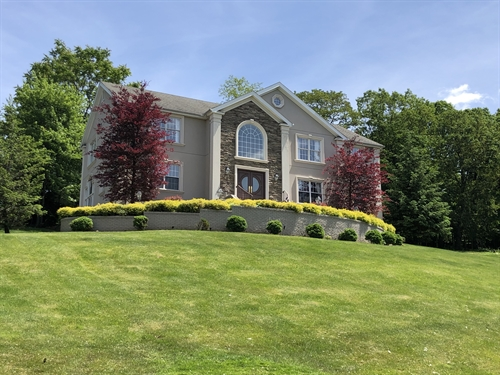 6 The Crossing,  North Caldwell, NJ 07006