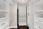Spectacular walk-in closet to keep you organized