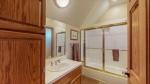 31 - Bathroom 3.jpg