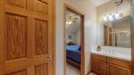 32 - Bathroom 3.jpg