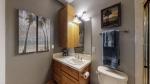 40 - Bathroom 4.jpg