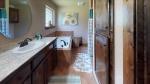 MSKMG1uePpr-Bathroom