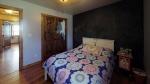 vfgvmtwJk1f-Bedroom