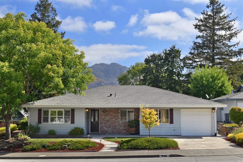 408 Deerfield Circle,  Santa Rosa, CA 95409