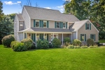 9 Hillside Avenue,  Southborough, MA 01772