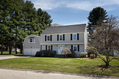 6 Reservoir Drive,  Southborough, MA 01772