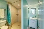 Full bath in studio apartment