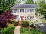 Completely updated colonial in Forest Lakes!