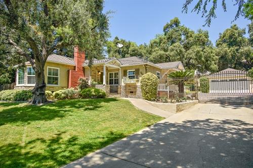 265 East Montecito Ave,  Sierra Madre, CA 91024