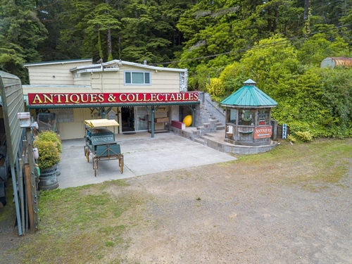 84755 Highway 101,  Florence, OR 97439