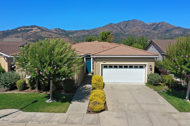 9124 Oak Trail Circle,  Santa Rosa, CA 95409