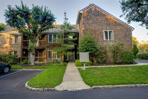 9 Tulip Crescent • Unit 2B,  Little Falls, NJ 07424