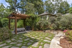 Enjoy the Privacy While Entertaining Outdoors