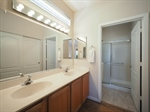MLS 28 INT MASTER BATH PA040114