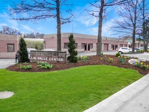 11040 Lin Valle Dr Suite L,  St. Louis, MO 63123
