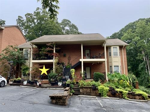 401 Forrest Ave,  Gainesville, GA 30501