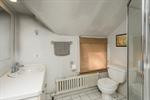 Bathroom 2 in Apartment