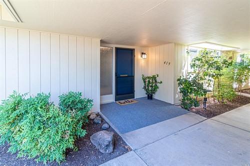 419 Meadowgreen Drive,  Santa Rosa, CA 95409
