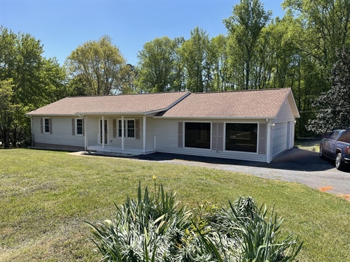 320 Thompson Creek Park Rd,  Dawsonville, GA 30534