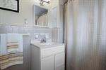 Upper Floor full bathroom