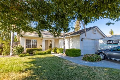 1801 Hotsprings Ln,  Riverbank, CA 95367