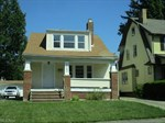 1043 Oxford Rd,  Cleveland Heights, OH 44121