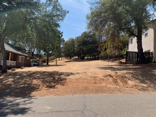 16813 Hawks Hill Road,  Hidden Valley Lake, CA 95467