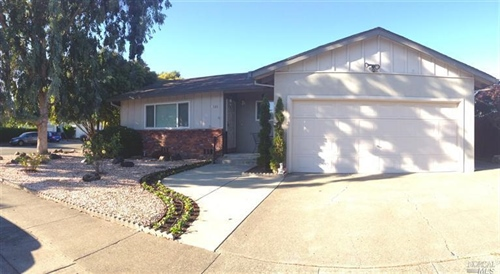 1581 Shay Drive,  Santa Rosa, CA 95401