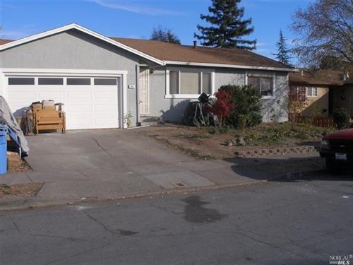 996 Estes Drive,  Santa Rosa, CA 95409