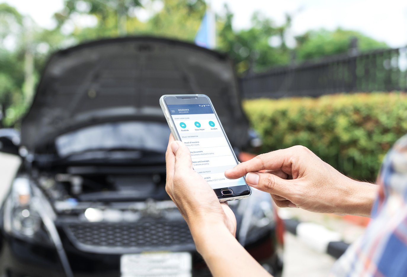 Using the Metromile app to request roadside assistance