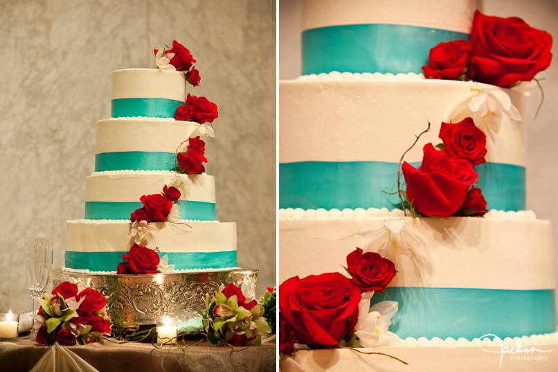 Gorgeous Red White and Blue Cake - My Hotel Wedding