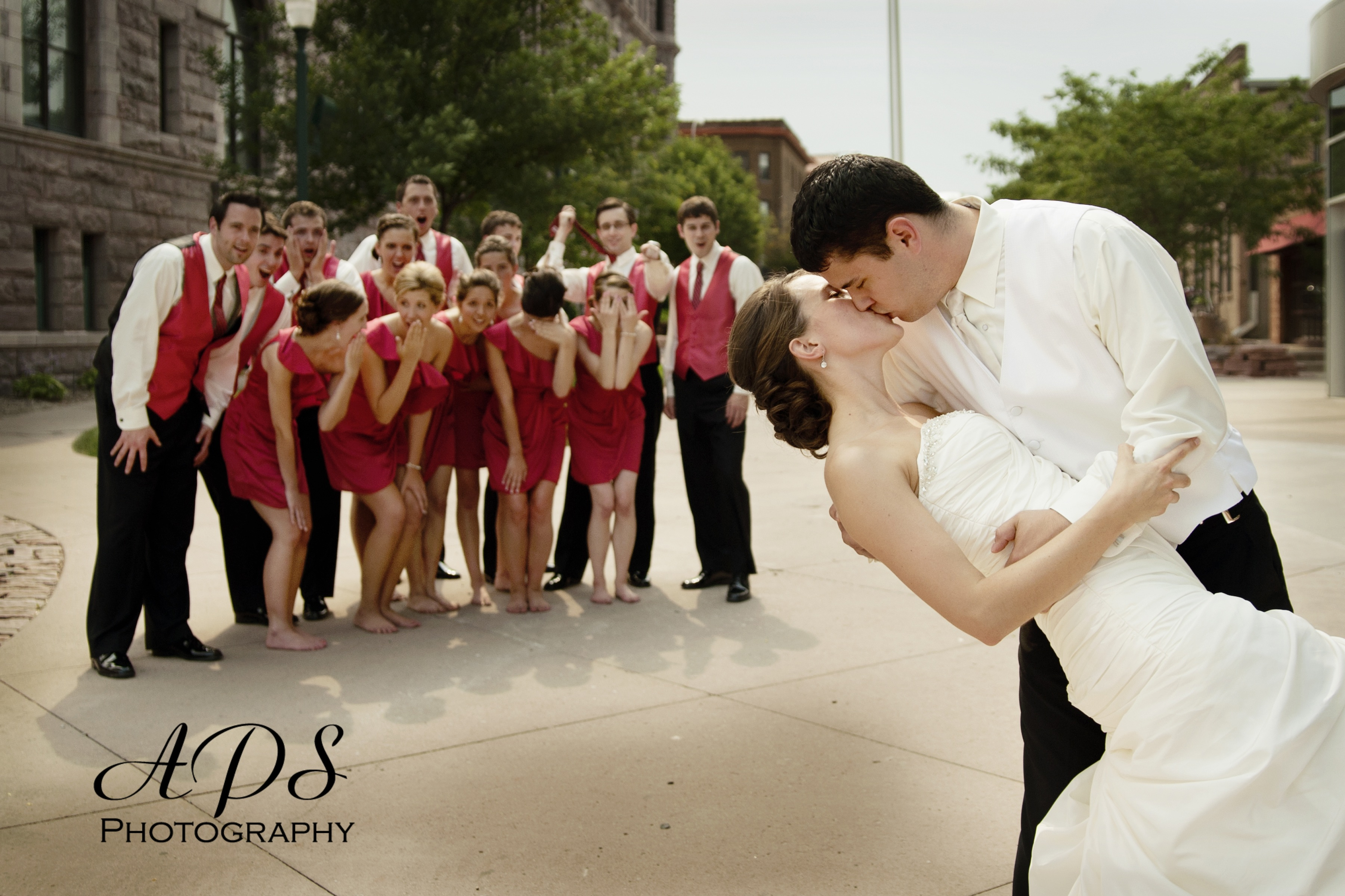 Feeling Silly: Fun Wedding Photo Ideas - My Hotel Wedding